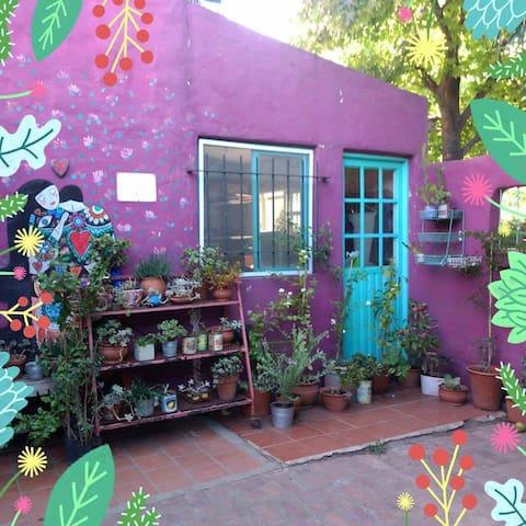 Casa en Barrio Cuba Villa de Mayo