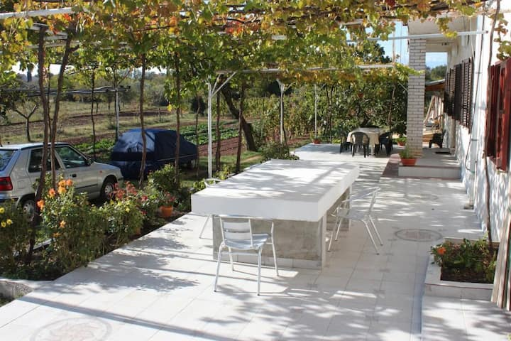One bedroom apartment with terrace Valtura, Pula (A-7419-a)
