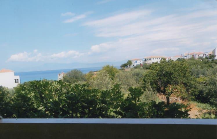 Summer flat in Agkistri island - Megalochori - Apartment
