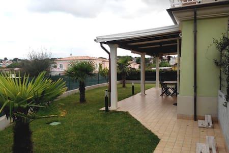 Appartamento con giardino 200 mt dal mare - Numana - Marcelli - 公寓