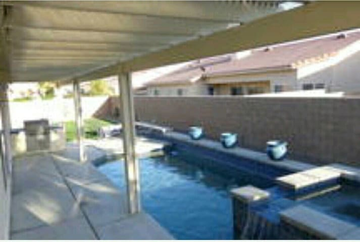 DESERT TRIP RENTAL WITH POOL!!! - Thermal - Dom