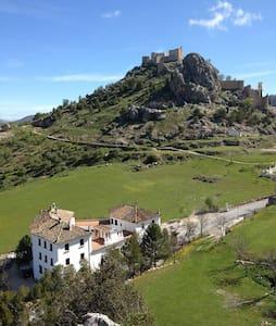 Gran casa rural Moclín, Granada. Hasta 40 personas - Moclín - Dům