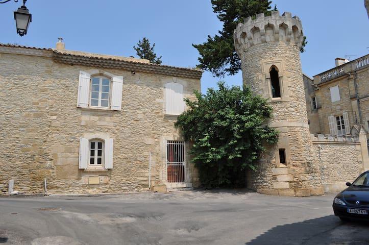 Byhus i Provence - Cabrières - タウンハウス