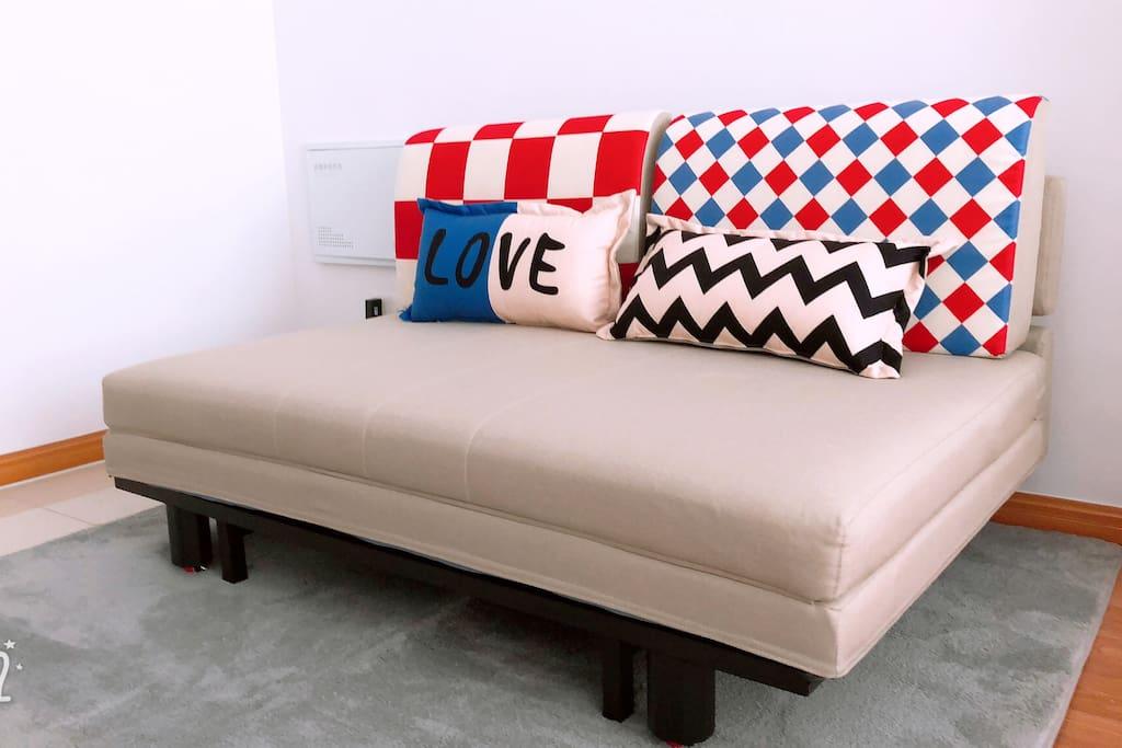 1.8米的折叠式沙发