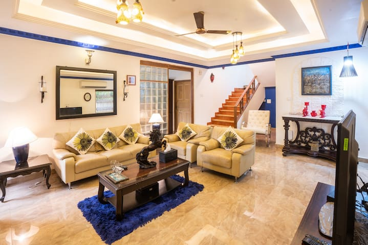 Lavish 4BHK with Private Pool in Assagaon