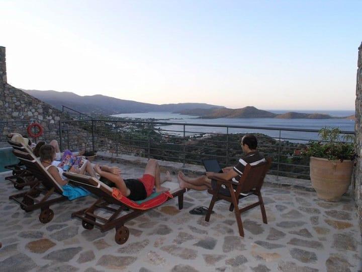R 936 Aleta villa with Sea view, Veranda & Private Balcony