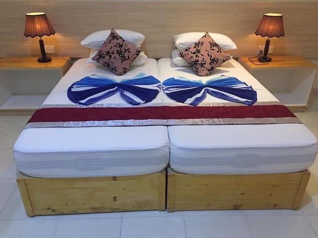 Hotel room 07