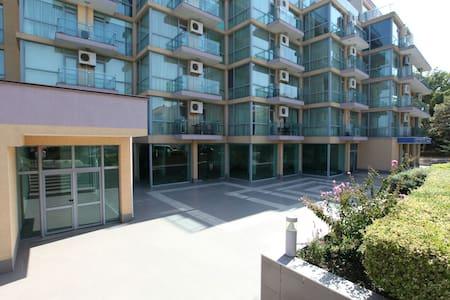 Апартаменты на первой линии Несебра - Nessebar