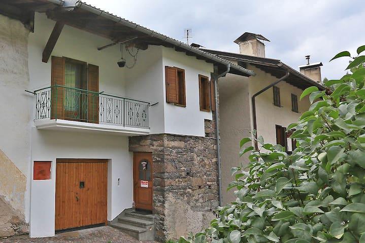 Casa Sicina - Apartment Albina