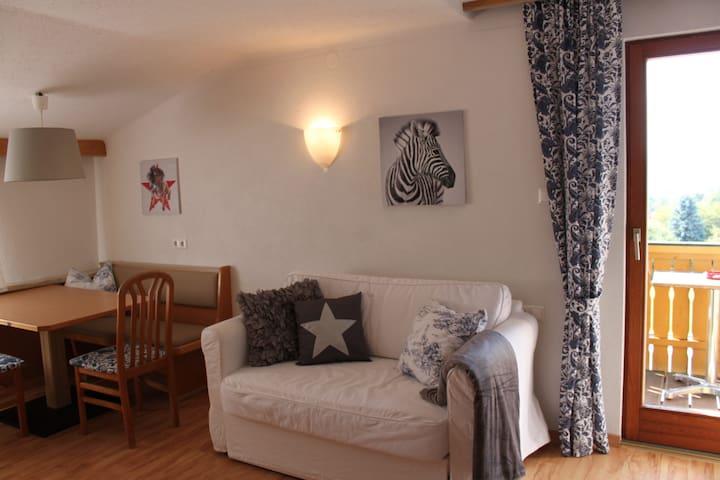 Landhaus app 4 33 qm appartements louer for Wohnzimmer 33 qm