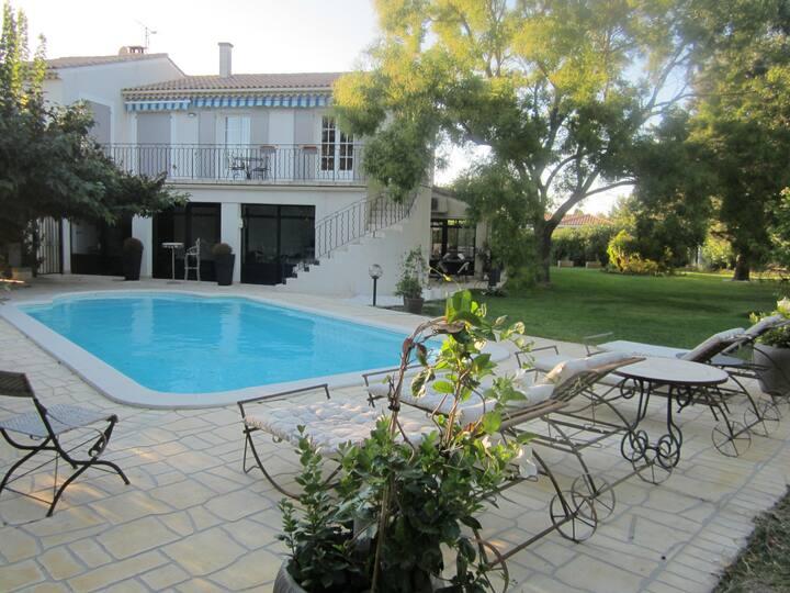 villa provence portes du Luberon.