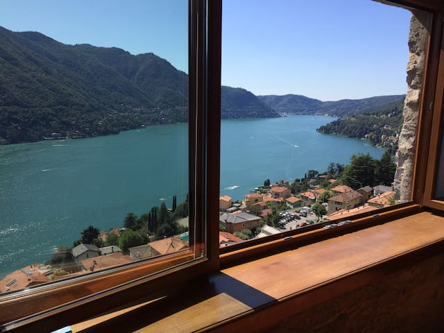 Great View, independent house - Moltrasio - Hus