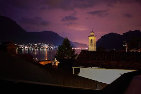 Romantic terrace on the lake - Oliveto Lario