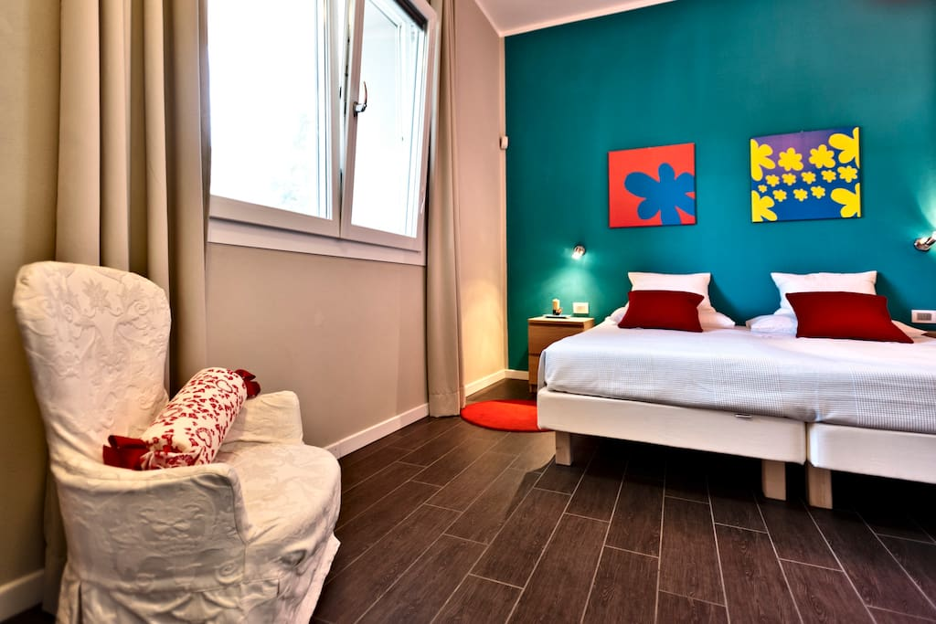 Tussah room
