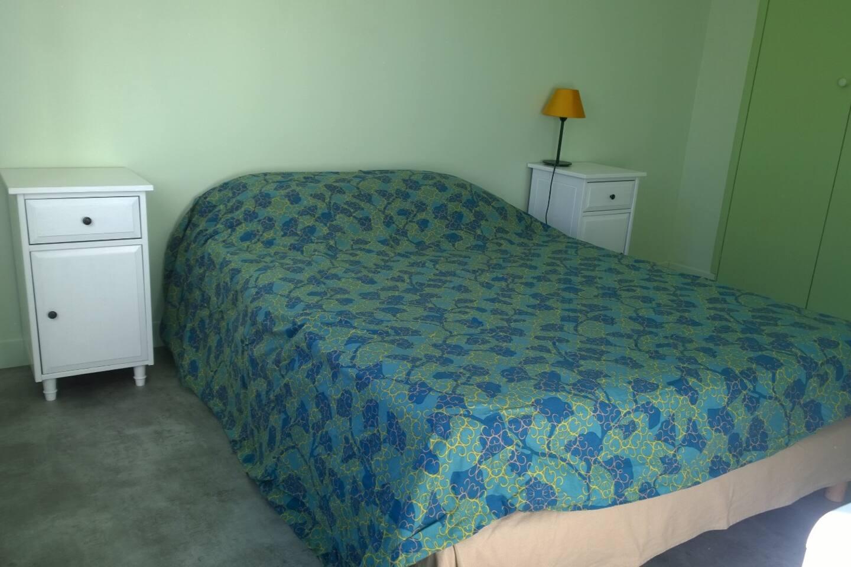 Chambre lit double au calme