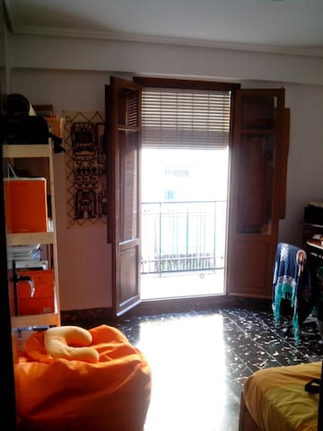 Nice flat with good atmosphere. - Mislata - Apartment