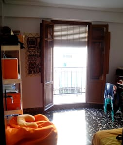 Nice flat with good atmosphere. - Mislata