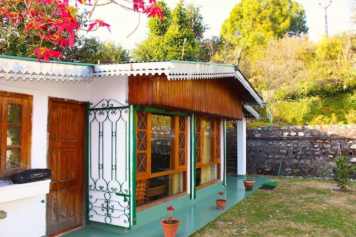 Wood Ville - Bhimtal - Bungalow