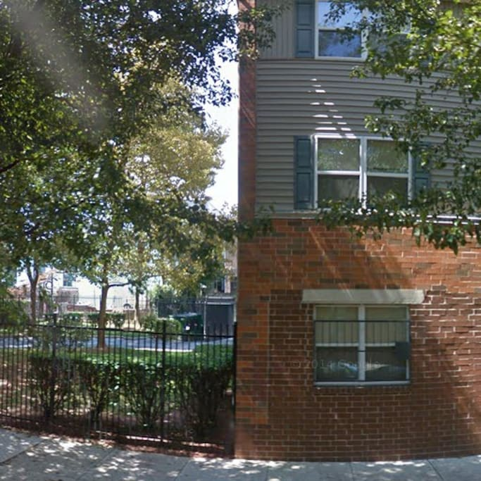 2 Bedroom Apartment Central Philly Apartments For Rent