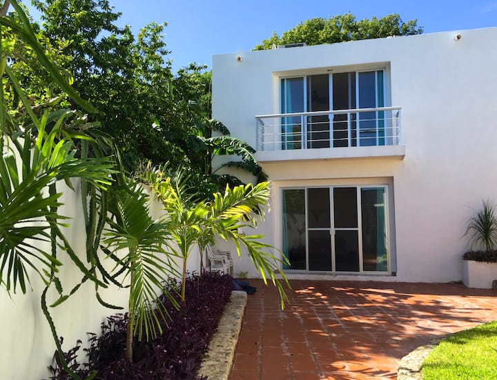 Beautiful house & garden in Campeche