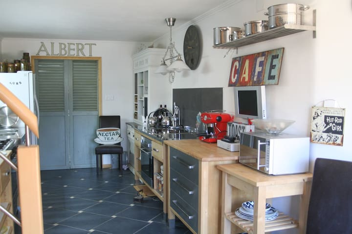 Loriais - Louvigné-du-Désert - 一軒家