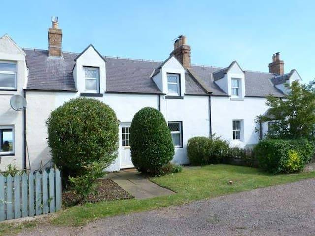 Culzean Cottage, Dunbar, E. Lothian - Cockburnspath, East Lothian