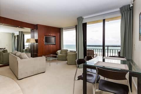 Elegant, Romantic, Oceanfront, 8th