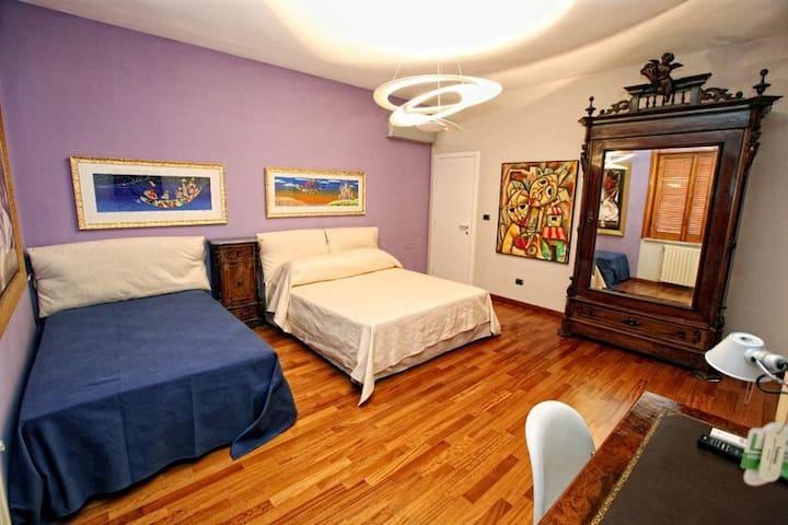 Stanza tripla, con ulteriore letto - Santa Maria Capua Vetere - Bed & Breakfast