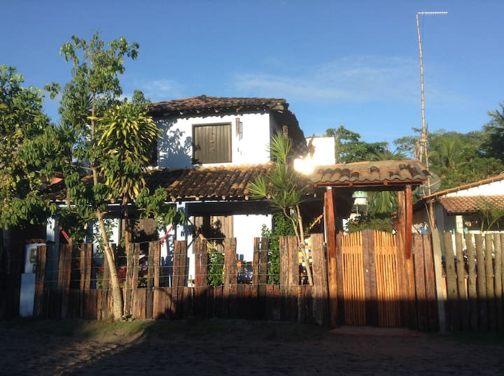 Linda casa no Centro Histórico de Caraíva