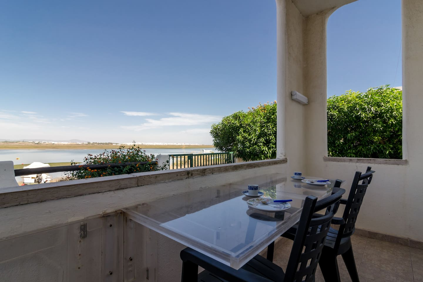 Balcony facing the Lagoon of the Natural Reserve Ria Formosa