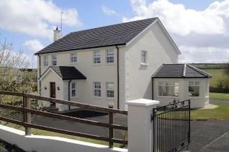 Dundrean Cottage