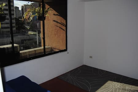 SAFE, 2 BD apt, 645 ft2, Water/Electrity/WIFI EVER - Caracas