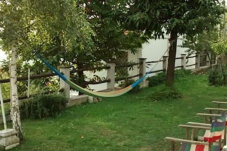 relax  tra il verde e il mare - Massa - Hus