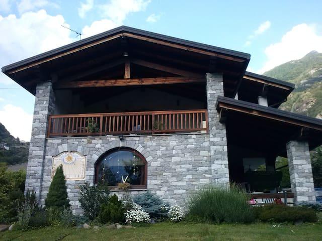 Maison du Cadran Solaire - Pont-saint-martin - Pis