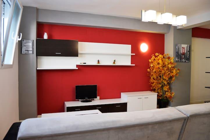 Loft Red & Grey con WIFI gratis