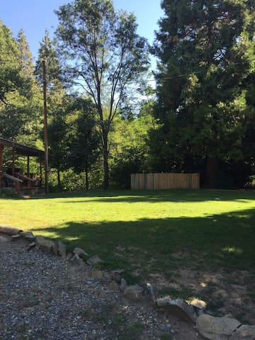 Creekside- 15 min from Yosemite! - Oakhurst