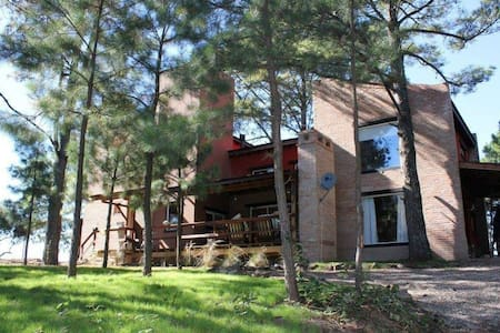 Casa de 3 dormitorios en Yacanto - Villa Yacanto