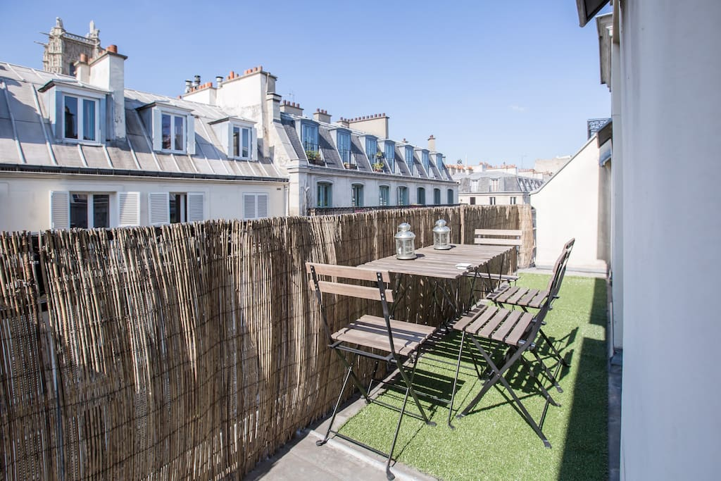 2 pieces terrasse dans le marais appartements louer for Appartement paris 12 terrasse