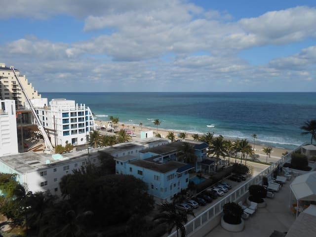 BEACH RESORT FORT LAUDERDALE 1008