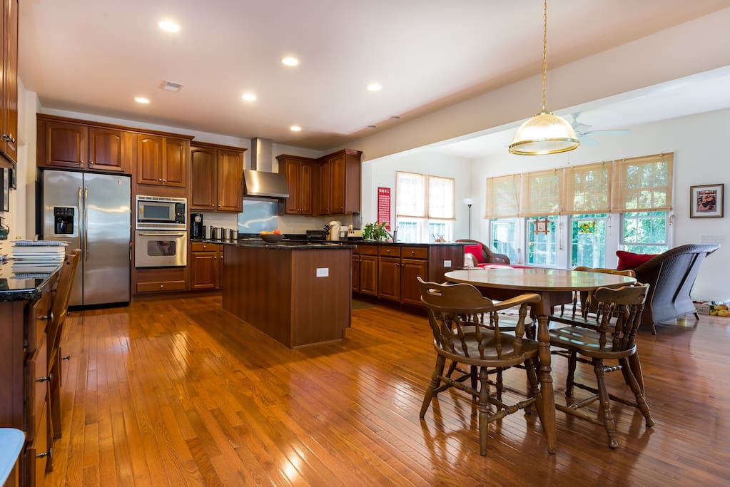 Open plan Kitchen and breakfast area with adjacent Sun Room.