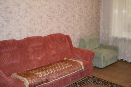 Двухкомнатная комфортная квартира - Luhans'k