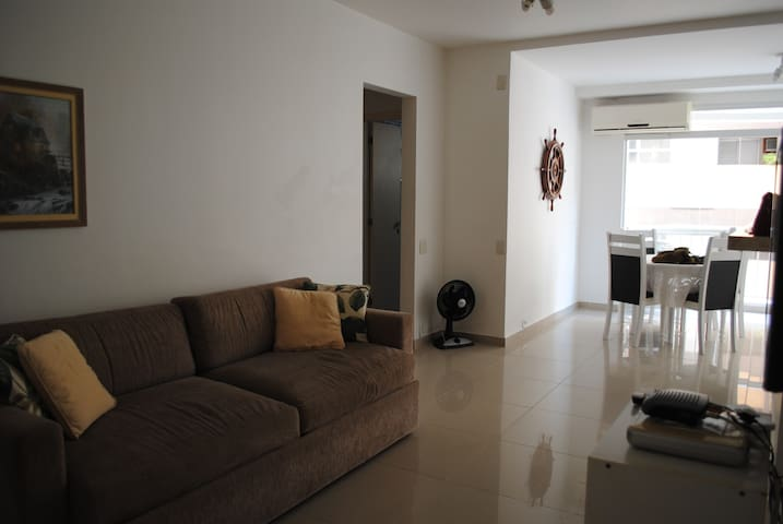 Flat service at the beach  - Guarujá - Apartment