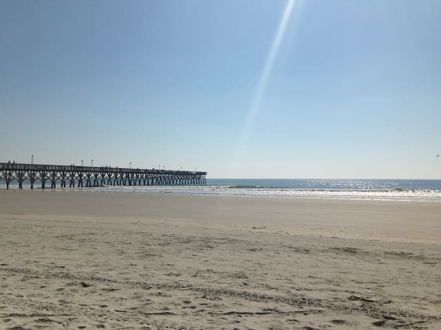 Cottage by the Sea - North Myrtle Beach - Apartament