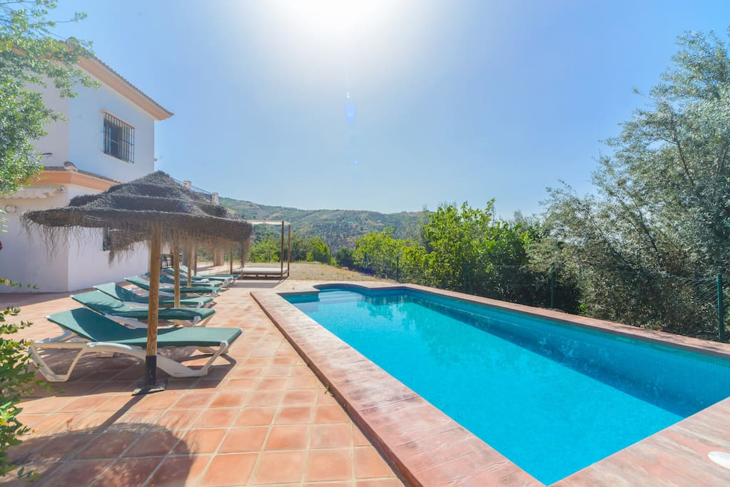 Lovely Villa Las Palomeras, swimming pool and terraces.
