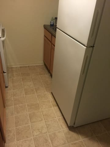 Very clean, good neighborhood - Clifton Heights - Apartment