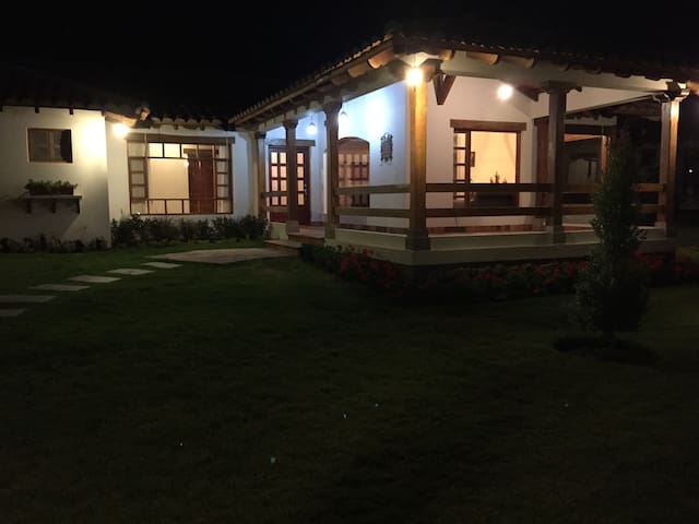 Country House in Cotacachi - Cotacachi - Hus