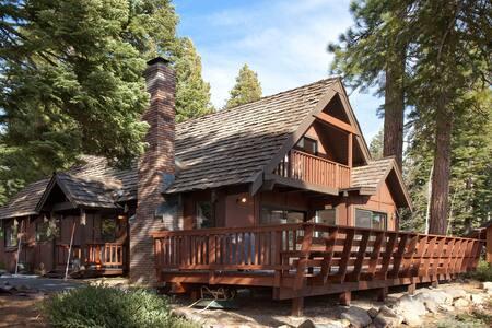 Lake View Tahoe Vista Cabin - Tahoe Vista