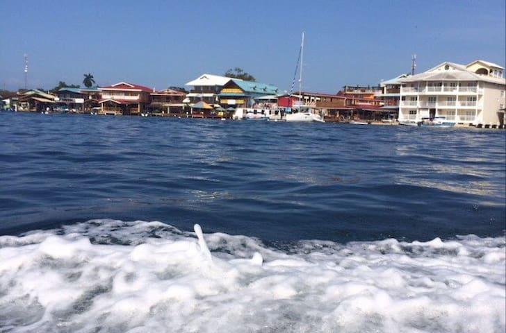Bocas Family House - Bocas del Toro - Hus