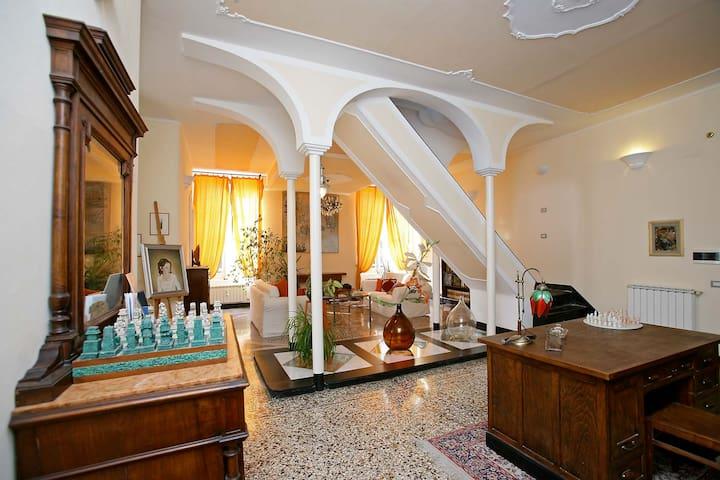 B&B Casa Aurora Genoa - Italy