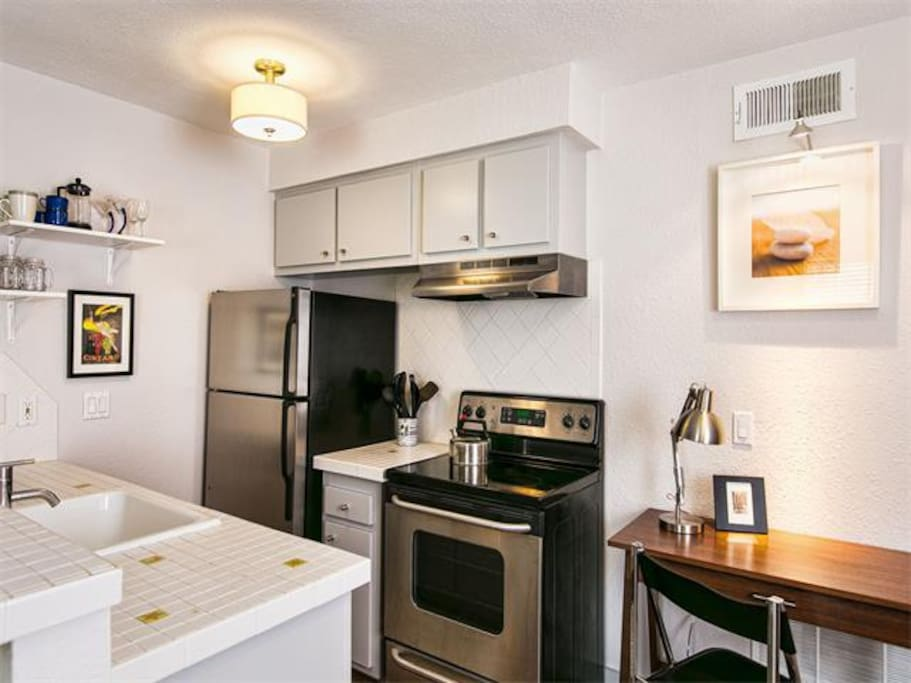 Sweet One Bedroom Travis Heights Apartments For Rent In